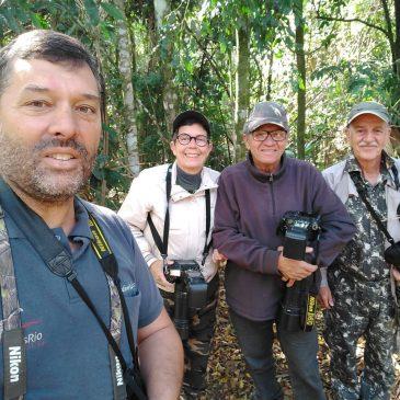 Dia 11 de Setembro de 2018. Mostrando as aves do Parque Nacional do Itatiaia aos amigos Maria Jucá, Sylvio e Sergio.