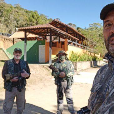 24 e 25 de julho de 2020 - Expedição para fotografia de aves pela região do Parque Nacional do Itatiaia e Serra da Bocaina com os fotógrafos Hilton Filho e Ivan Cesar.